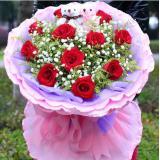 11支红玫瑰,两只小熊,满天星,黄莺